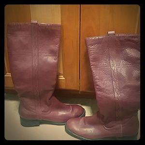 White mountain berry red riding leather boots